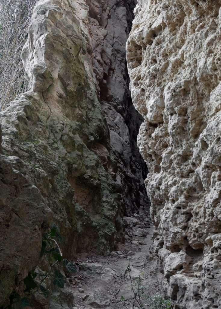Escursione fotografica Smerillo.Itinerario fotografico nelle terre del Fermano:Il canyon delle Marche. La fessa di Smerillo.