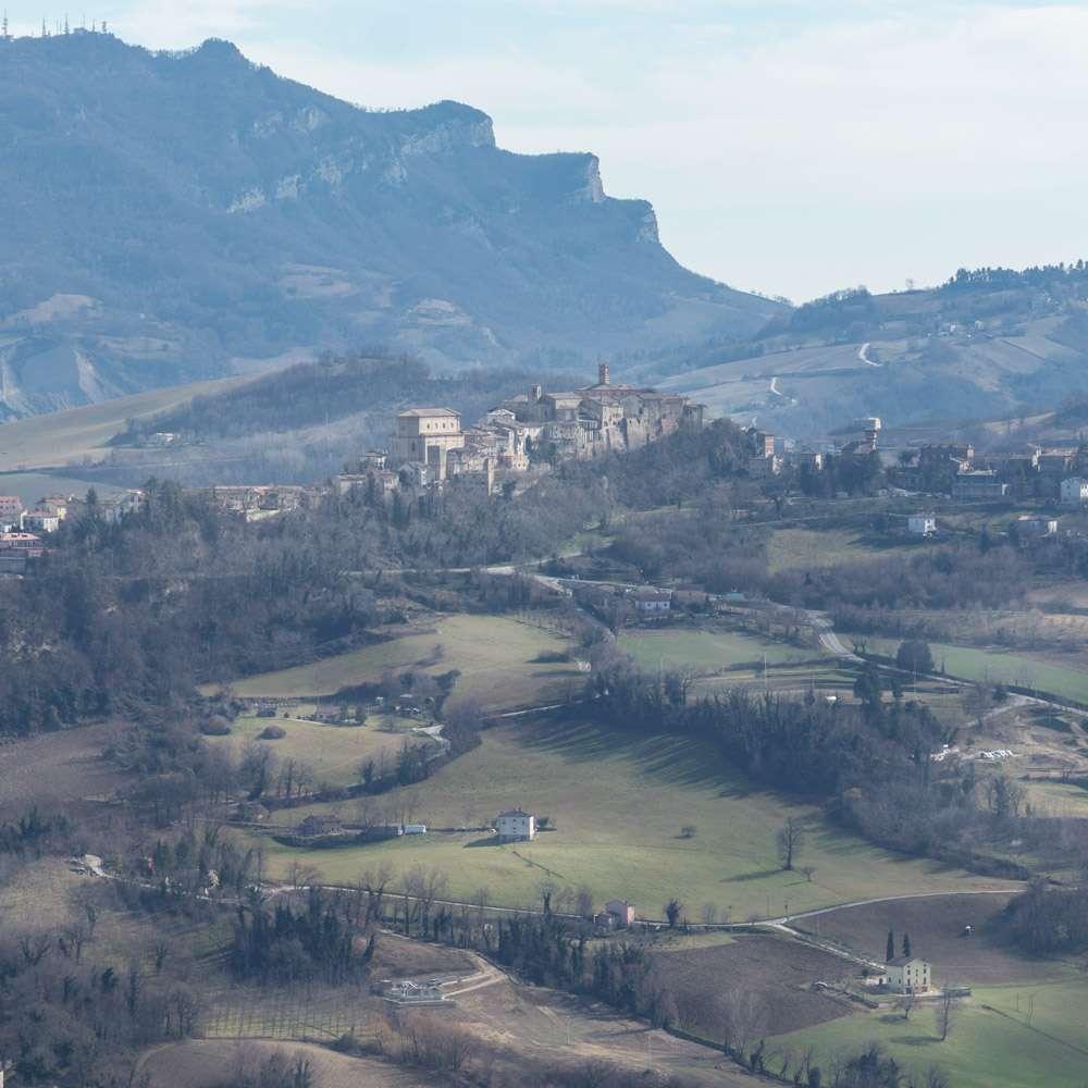 Escursione fotografica a  Montefalcone Appennino. Cosa vedere nelle Marche. Cosa fare nelle Marche.