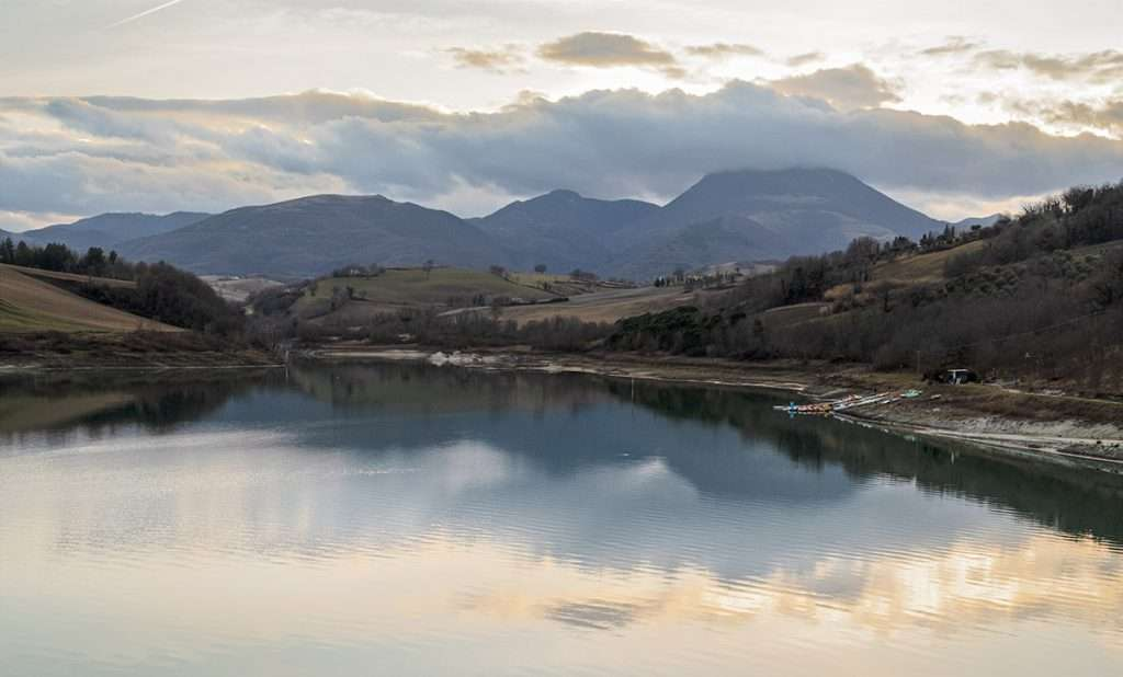 Cosa fotografare al Lago di Cingoli:lago di Castreccioni